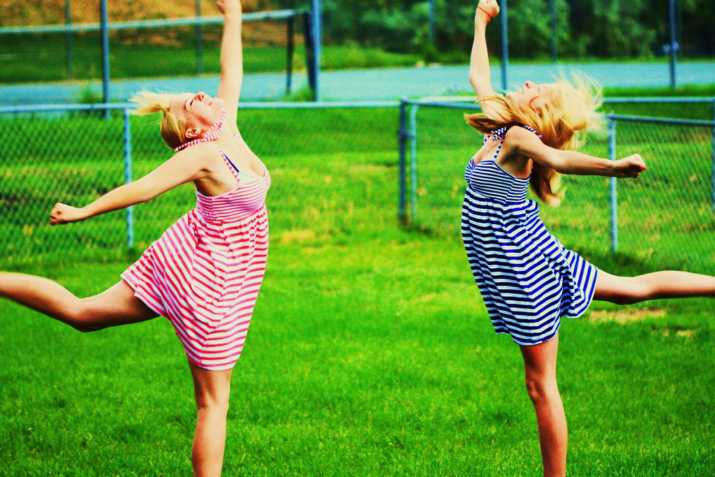Reese & Hayley Synchronized Crazy Happy Dance!