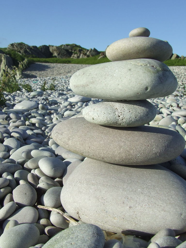 MB Balances Rocks