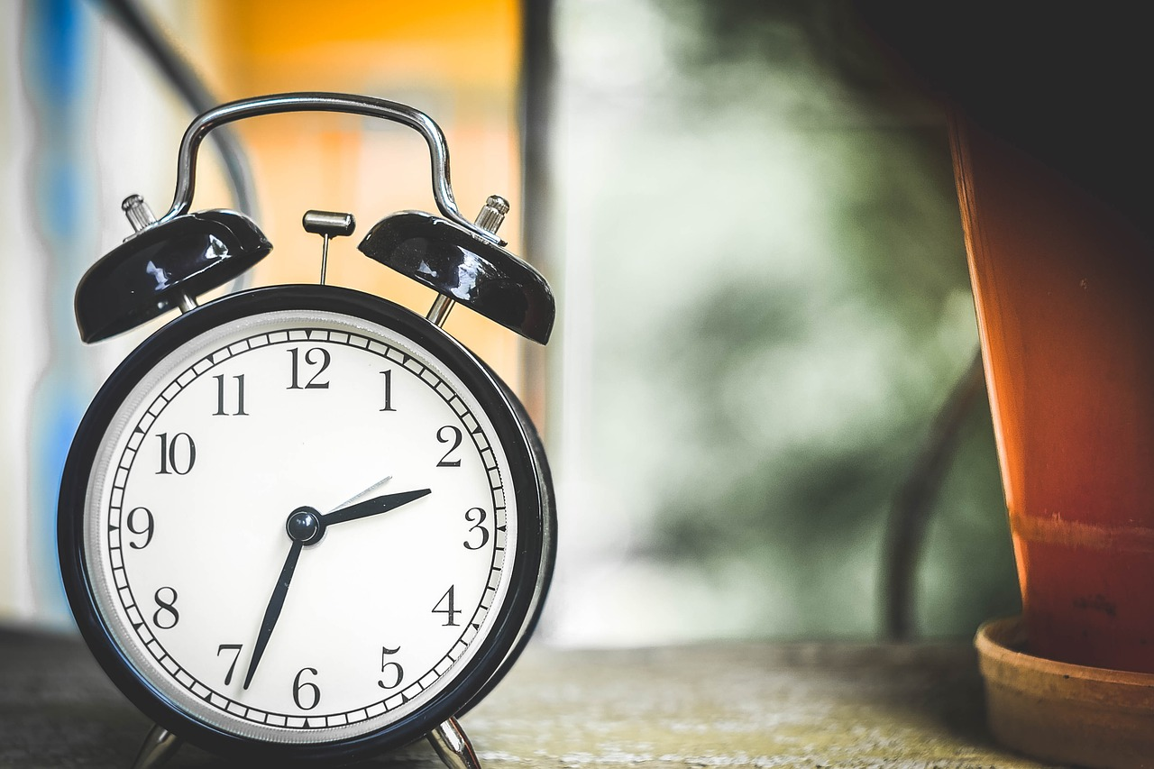 Featured image for 8 Simple Rules to Take Control of Your Time