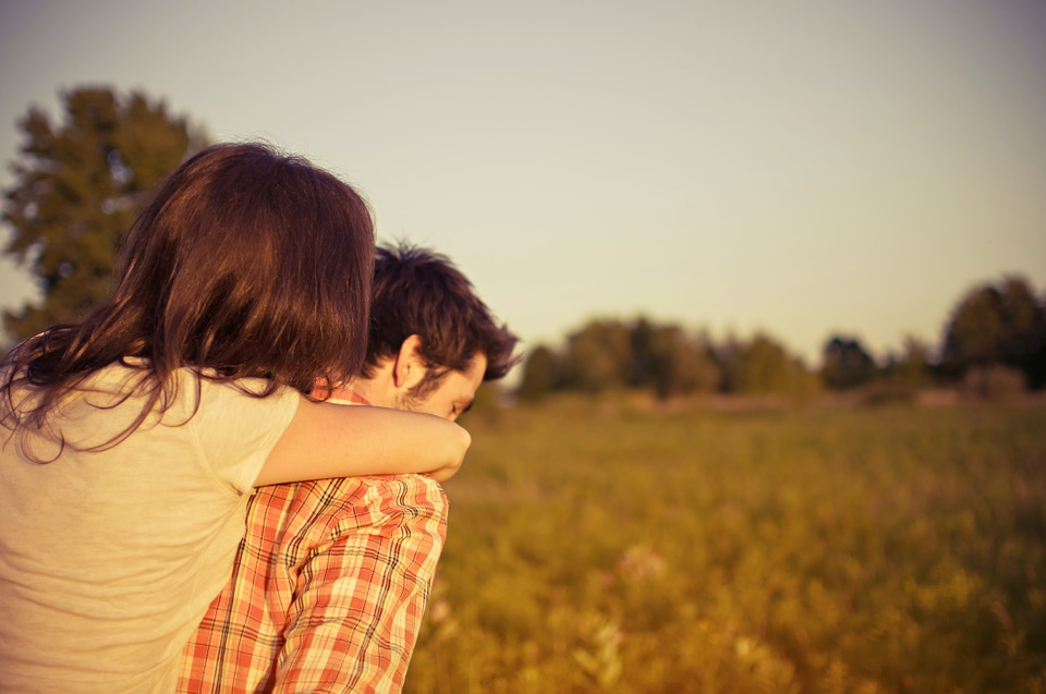 Featured image for Eight Characteristics of a Happy, Healthy Relationship