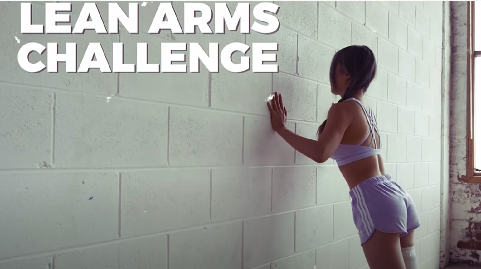 Featured image for Take the Lean Arms Challenge With Chloe Ting [VIDEO]